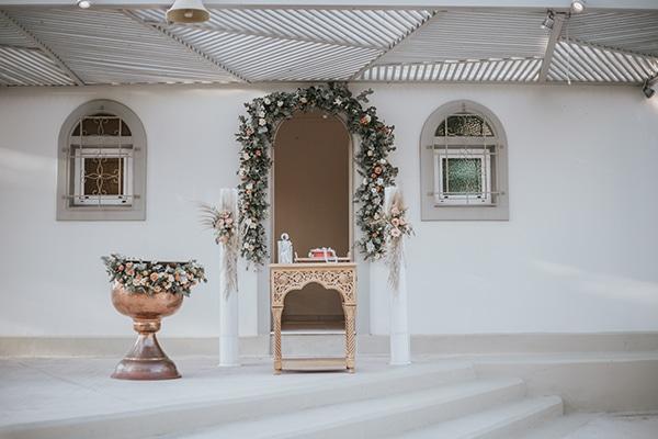 beautiful-summer-wedding-athens-coral-bohemian-details_10