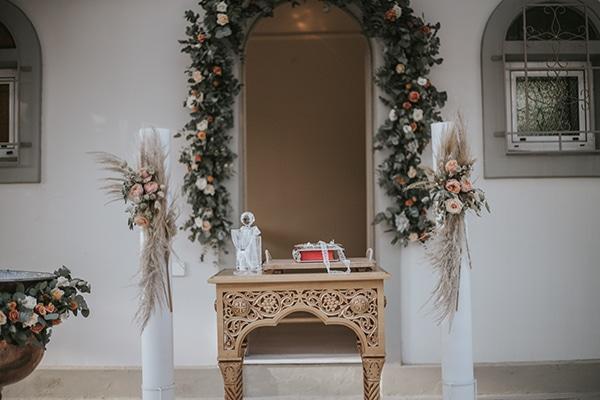 beautiful-summer-wedding-athens-coral-bohemian-details_12