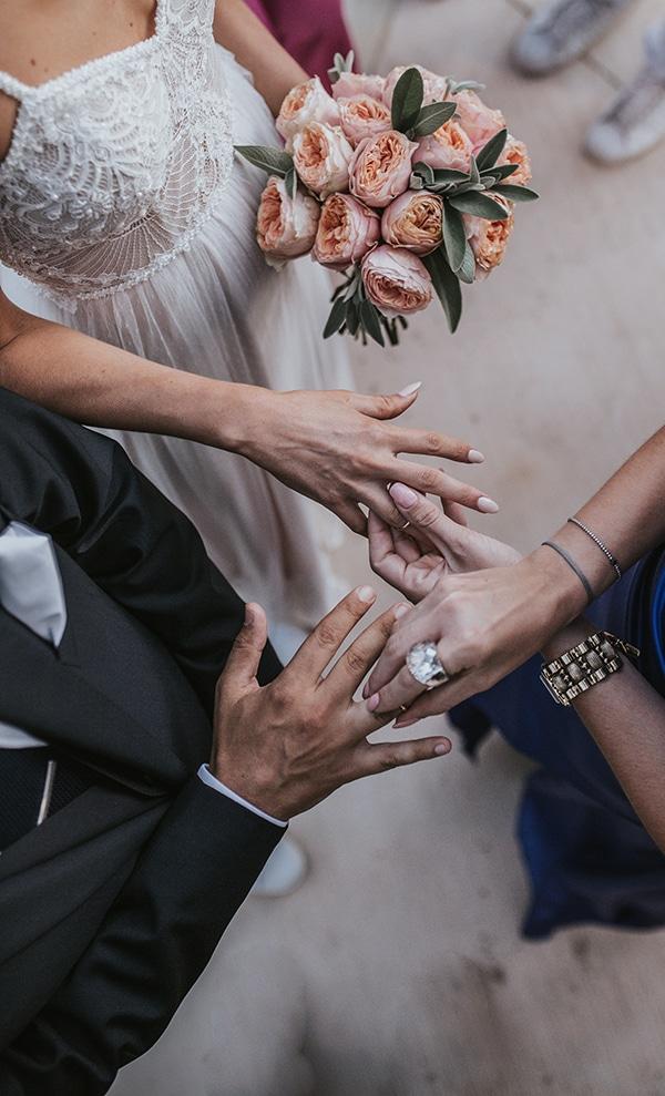 beautiful-summer-wedding-athens-coral-bohemian-details_15x