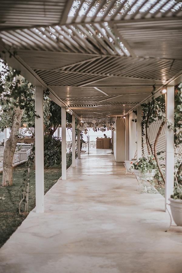 beautiful-summer-wedding-athens-coral-bohemian-details_17
