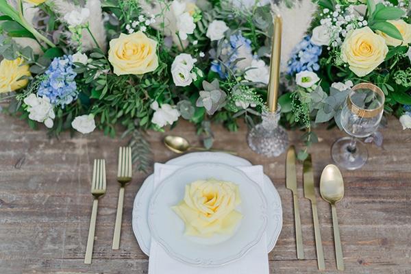 dreamy-rustic-elegant-styled-shoot-stunning-wedding-dresses_07x