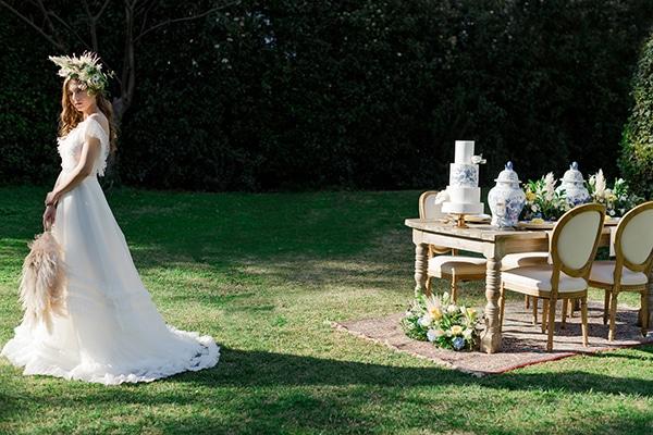 dreamy-rustic-elegant-styled-shoot-stunning-wedding-dresses_09x