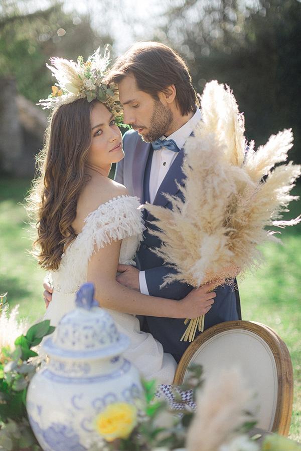 dreamy-rustic-elegant-styled-shoot-stunning-wedding-dresses_11