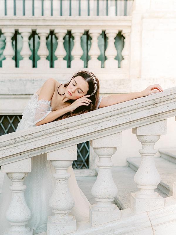 dreamy-styled-shoot-rome-utterly--romantic-wedding-dresses_10x