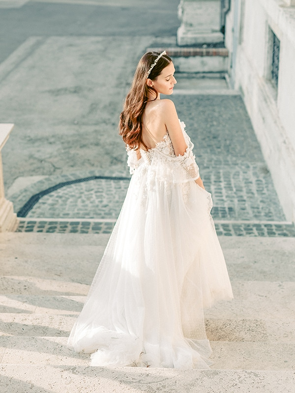 dreamy-styled-shoot-rome-utterly--romantic-wedding-dresses_18