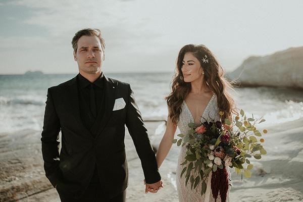 elegant-fall-wedding-limassol-floral-design-coral-red-green-colors_01