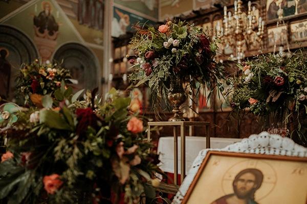 elegant-fall-wedding-limassol-floral-design-coral-red-green-colors_15