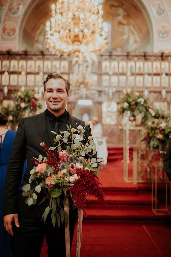 elegant-fall-wedding-limassol-floral-design-coral-red-green-colors_17