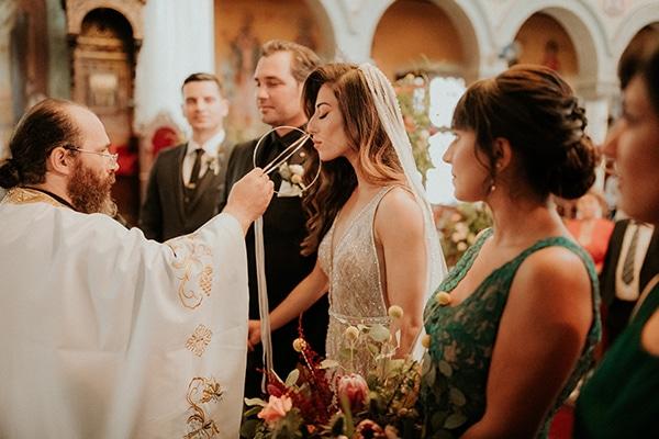 elegant-fall-wedding-limassol-floral-design-coral-red-green-colors_20