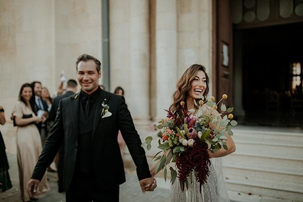 elegant-fall-wedding-limassol-floral-design-coral-red-green-colors_23