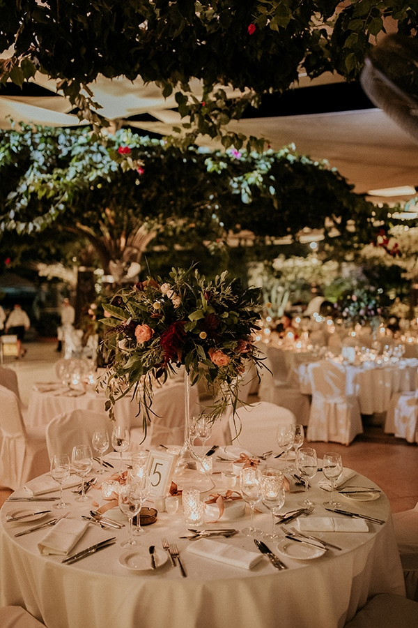 elegant-fall-wedding-limassol-floral-design-coral-red-green-colors_26x