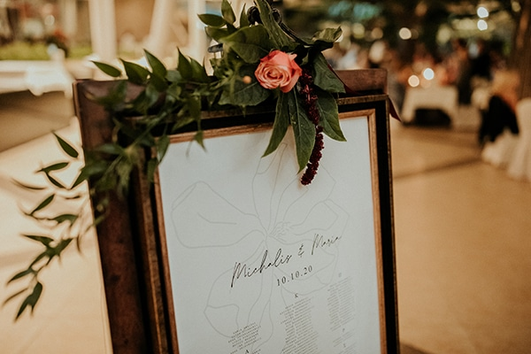 elegant-fall-wedding-limassol-floral-design-coral-red-green-colors_28