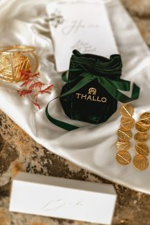 Vintage χρυσά αξεσουάρ THALLO