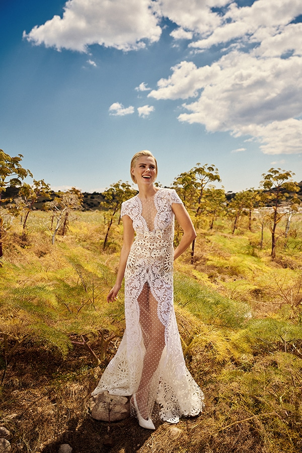 impressive-wedding-gown-costarellos-unique-bridal-look_03