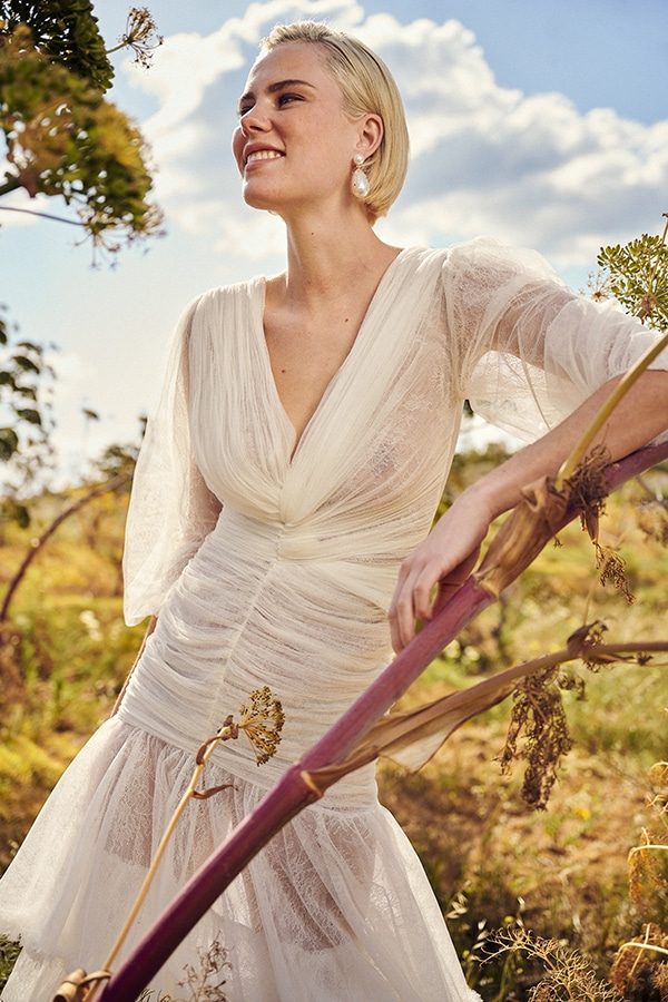 impressive-wedding-gown-costarellos-unique-bridal-look_12
