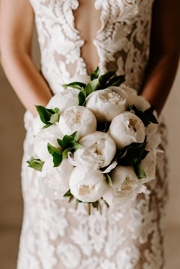 magical-wedding-Santorini-romantic-floral-design-unforgetable-wedding-party_07