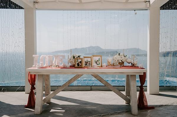 magical-wedding-Santorini-romantic-floral-design-unforgetable-wedding-party_11