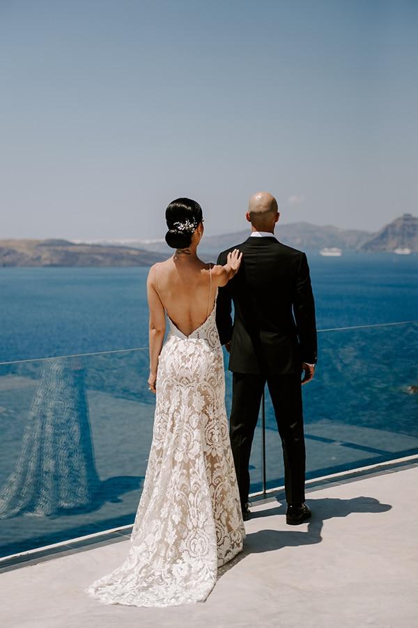 magical-wedding-Santorini-romantic-floral-design-unforgetable-wedding-party_18