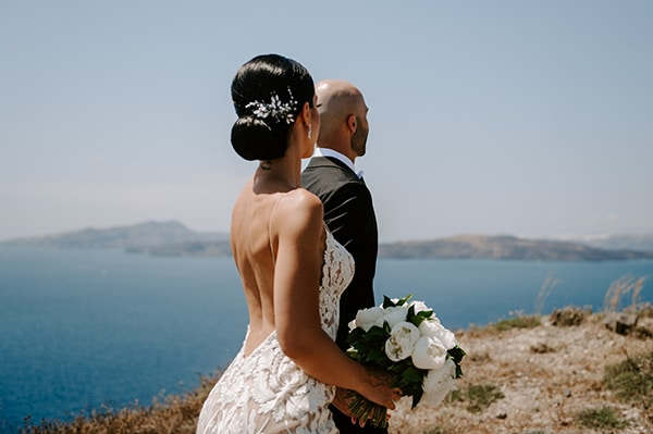 magical-wedding-Santorini-romantic-floral-design-unforgetable-wedding-party_21