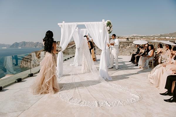 magical-wedding-Santorini-romantic-floral-design-unforgetable-wedding-party_23