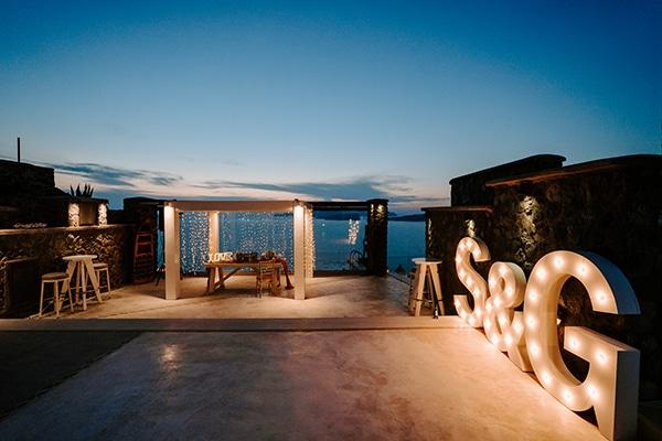 magical-wedding-Santorini-romantic-floral-design-unforgetable-wedding-party_32