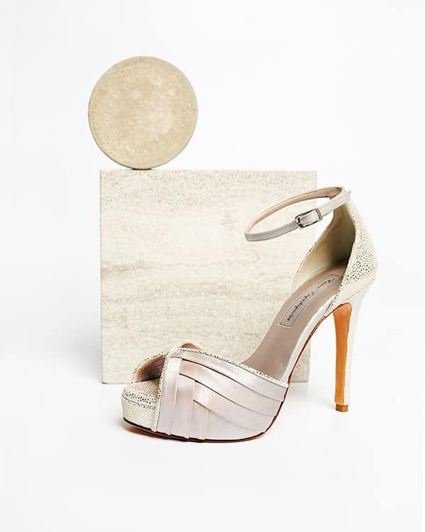 montern-bridal-shoes-glam-bridal-look_02