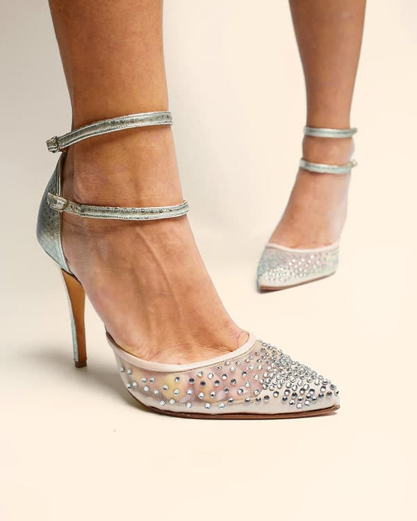 montern-bridal-shoes-glam-bridal-look_10x