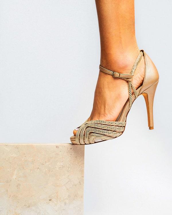 montern-bridal-shoes-glam-bridal-look_15