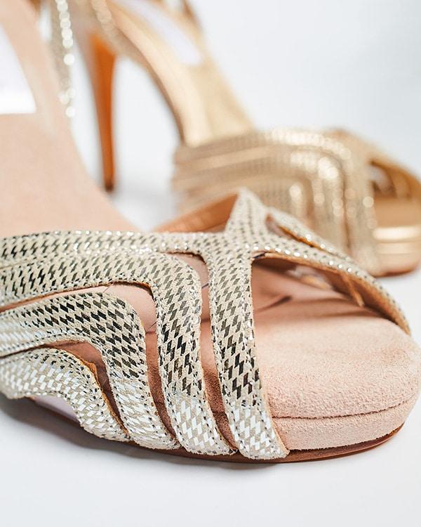 montern-bridal-shoes-glam-bridal-look_23
