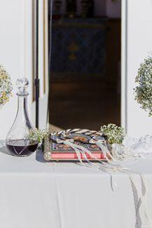 Ρομαντικός στολισμός λαμπάδας εκκλησίας με γιψοφίλη και χαμομήλι