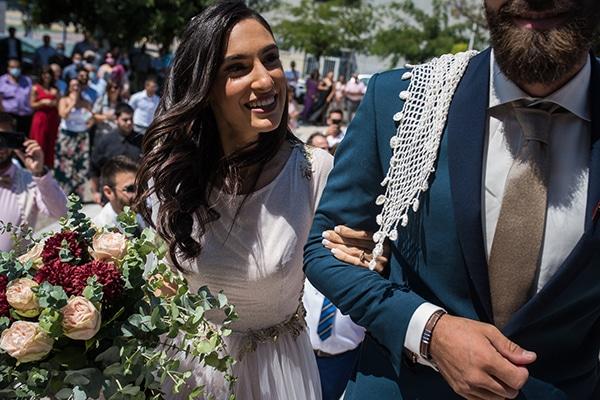 romantic-summer-wedding-athens-roses-red-white-tones_19