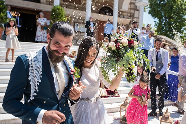 romantic-summer-wedding-athens-roses-red-white-tones_28