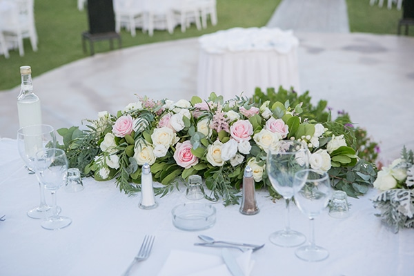 romantic-summer-wedding-athens-white-pink-roses-lots-of-greenery_15