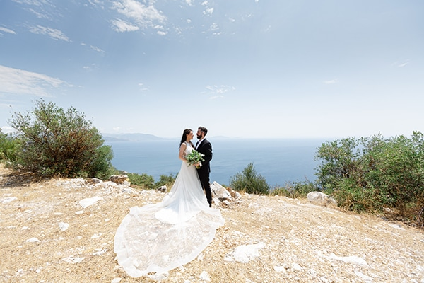 romantic-summer-wedding-athens-white-pink-roses-lots-of-greenery_27