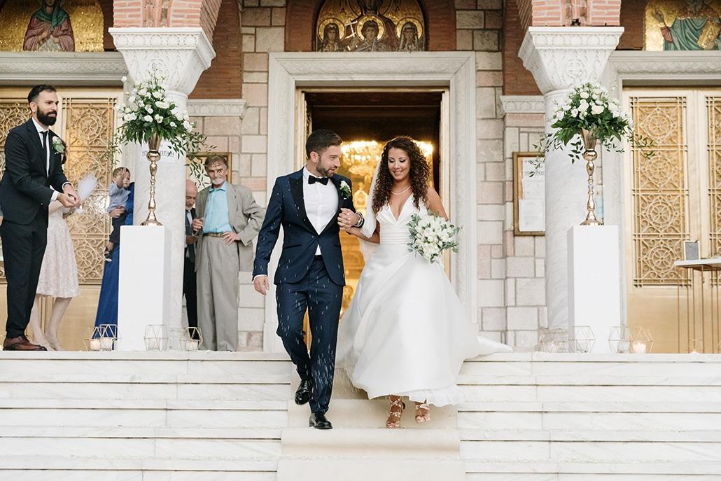 Ρομαντικός καλοκαιρινός γάμος στην Πάτρα με τουλίπες και παιώνιες │Γιάννα & Παναγιώτης