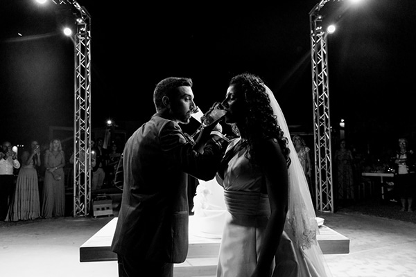 romantic-summer-wedding-patra-toulips-peonies_26