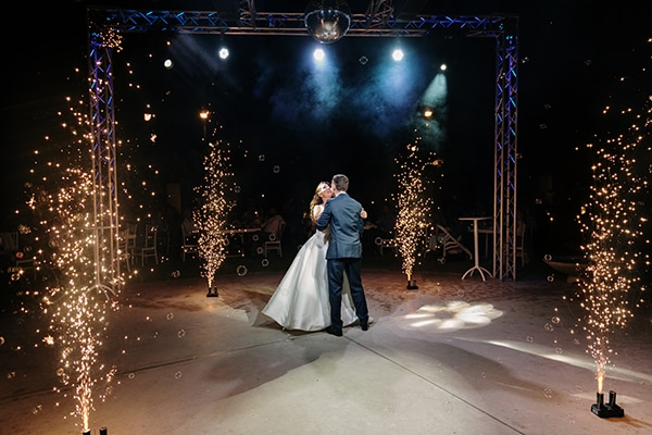 romantic-summer-wedding-patra-toulips-peonies_27