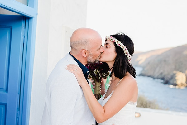 romantic-summer-wedding-sifnos-flowers-fuchsia-purple-touches_18