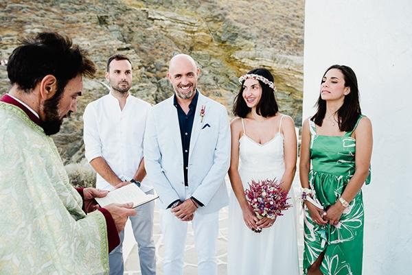 romantic-summer-wedding-sifnos-flowers-fuchsia-purple-touches_21
