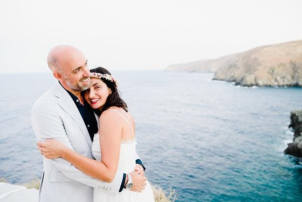 romantic-summer-wedding-sifnos-flowers-fuchsia-purple-touches_29x