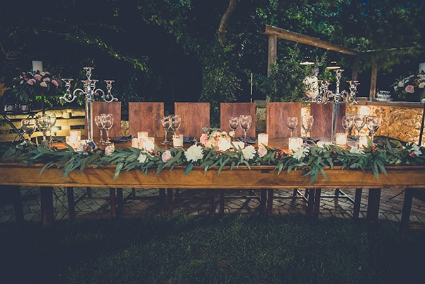 rustic-summer-wedding-athens-roses-white-dusty-pink-hues_29