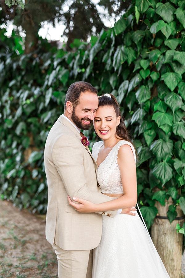 rustic-summer-wedding-thessalonik-vivid-hues-fucshia_02