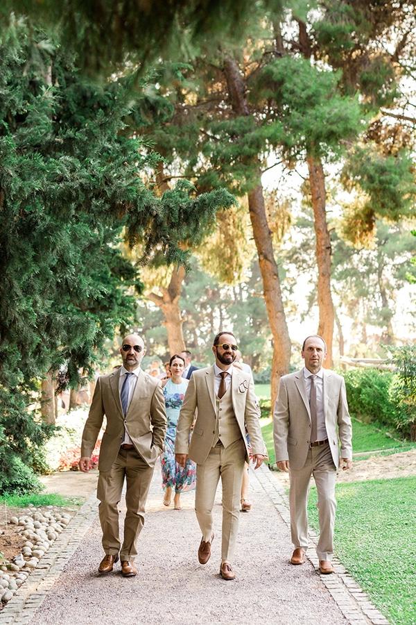 rustic-summer-wedding-thessalonik-vivid-hues-fucshia_14