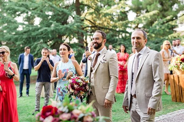 rustic-summer-wedding-thessalonik-vivid-hues-fucshia_17