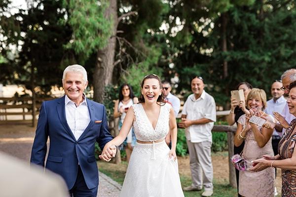 rustic-summer-wedding-thessalonik-vivid-hues-fucshia_18