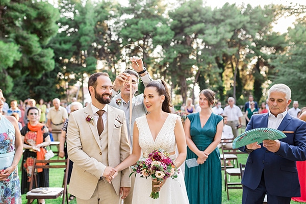 rustic-summer-wedding-thessalonik-vivid-hues-fucshia_23