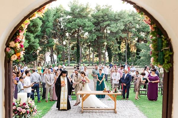 rustic-summer-wedding-thessalonik-vivid-hues-fucshia_25