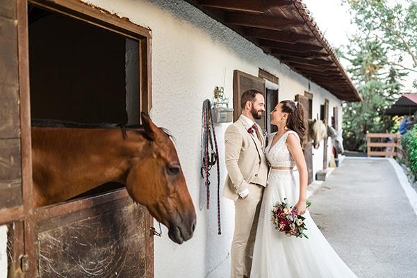 rustic-summer-wedding-thessalonik-vivid-hues-fucshia_31