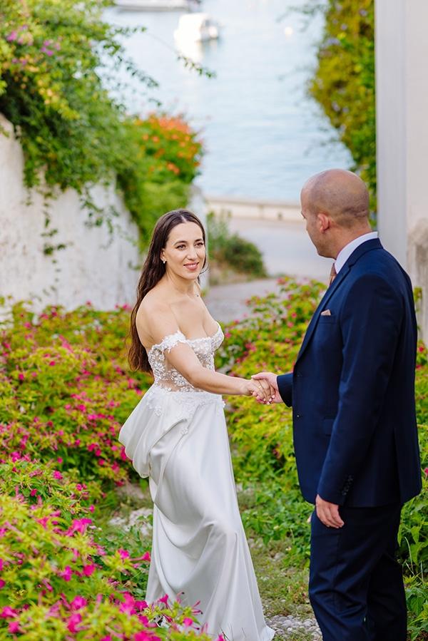 summer-military-wedding-athens-lush-floral-design-romantic-details_03
