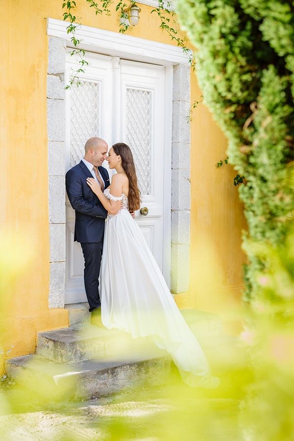 summer-military-wedding-athens-lush-floral-design-romantic-details_06x